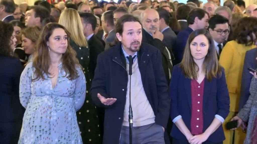 Noelia Vera, Pablo Iglesias y Ione Belarra, en al 41º aniversario de la Constitución.