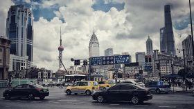 Shanghái mezcla tradición y modernidad.
