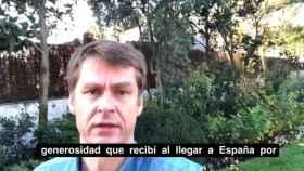El embajador británico, Hugh Elliott, en su último vídeo.