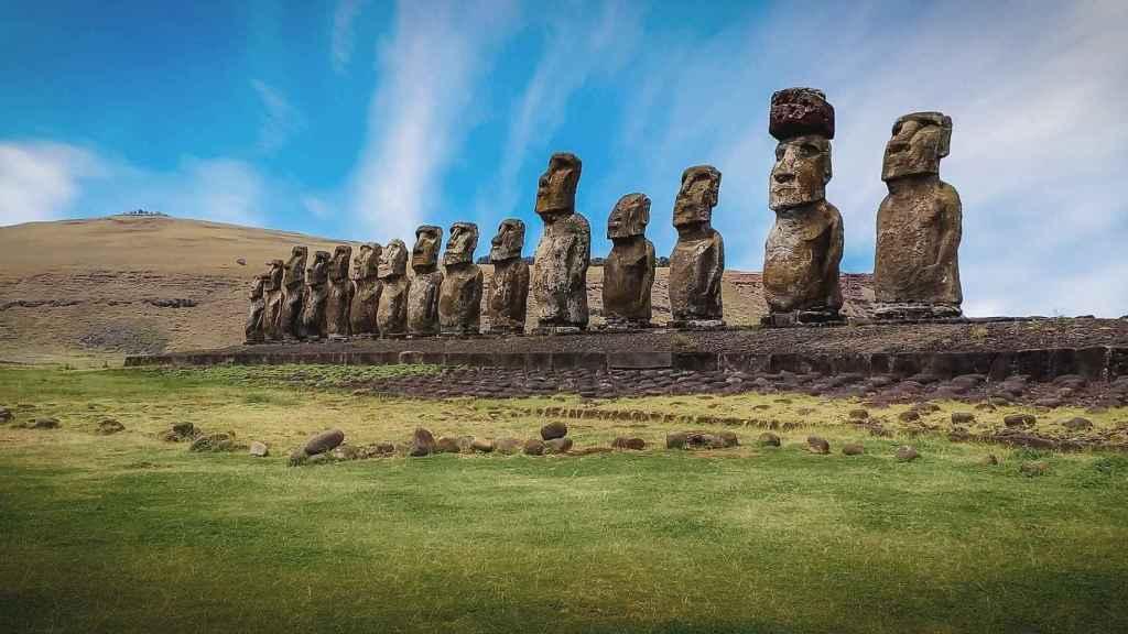 Los famosos moais de la Isla de Pascua.