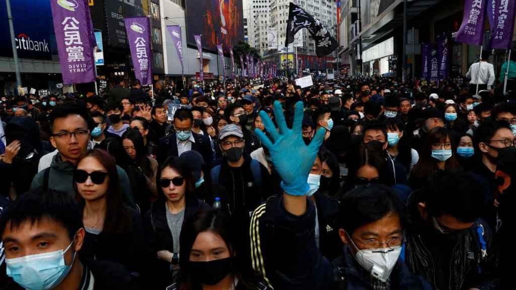 La marcha multitudinaria en Hong Kong.