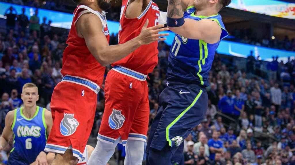 Luka Doncic, contra los Sacramento Kings