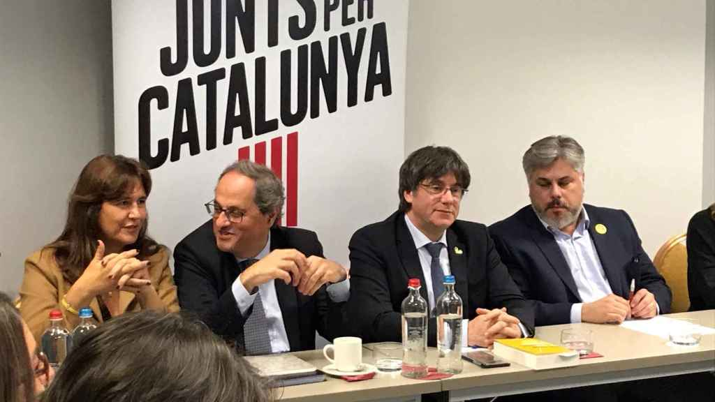 Carles Puigdemont y Quim Torra, durante la reunión de JxCat la semana pasada en Bruselas.