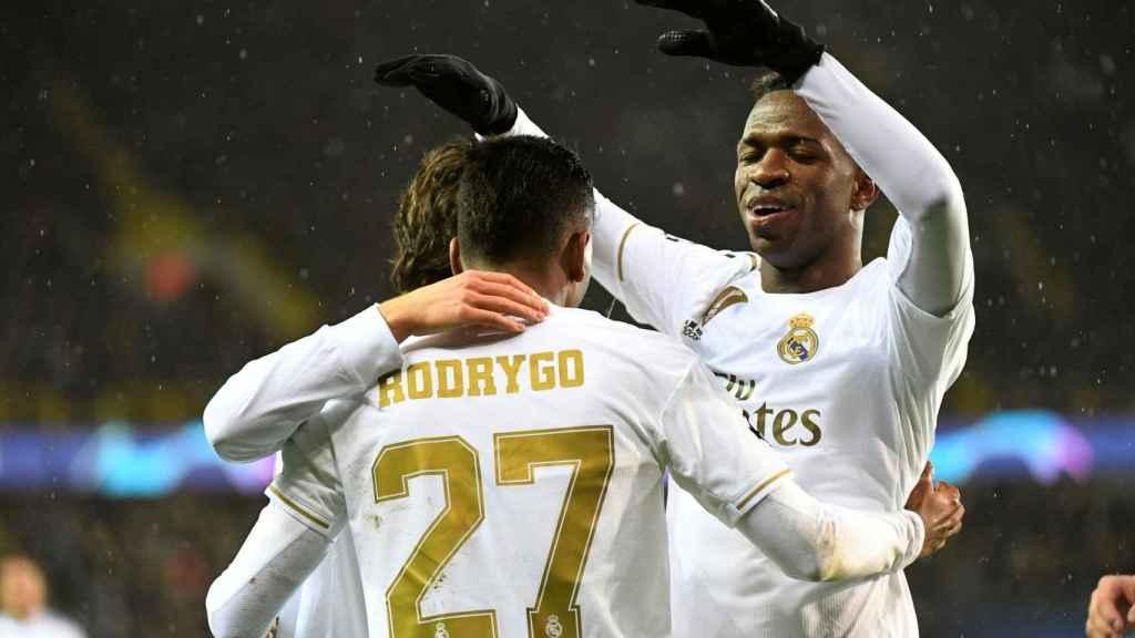 Rodrygo y Vinicius celebran un gol