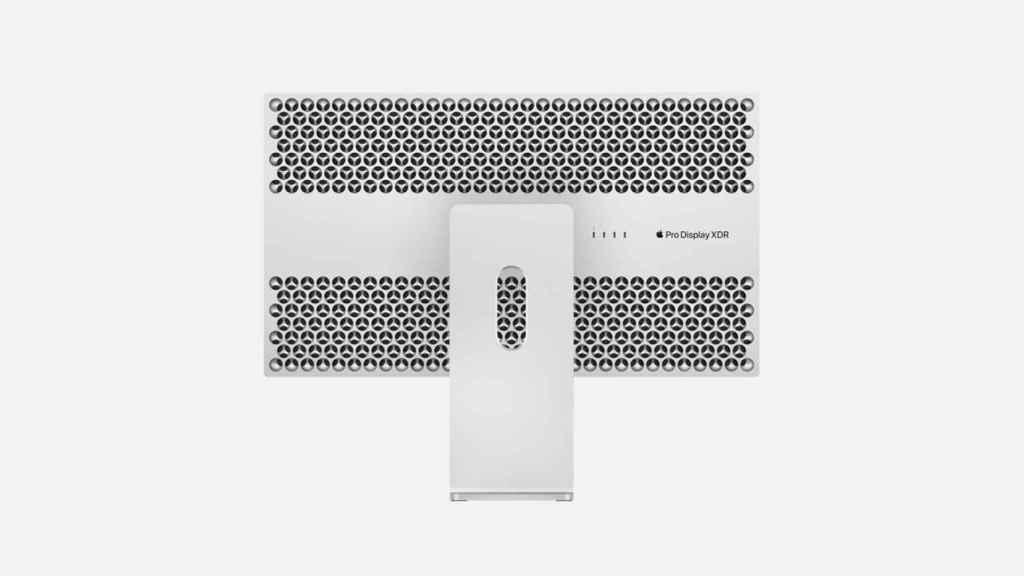 Apple Pro Display XDR con peana