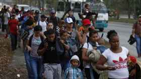 Migrantes en EEUU en espera a que sean revisados sus casos de asilo.
