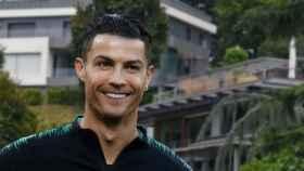 Cristiano Ronaldo y sus villas, en un montaje de JALEOS.