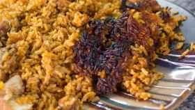 El peligro que esconde el 'socarrat', el arroz chuscarradito más famoso de España