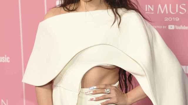Rosalía, posando en el photocall de los Billboard Women in Music.