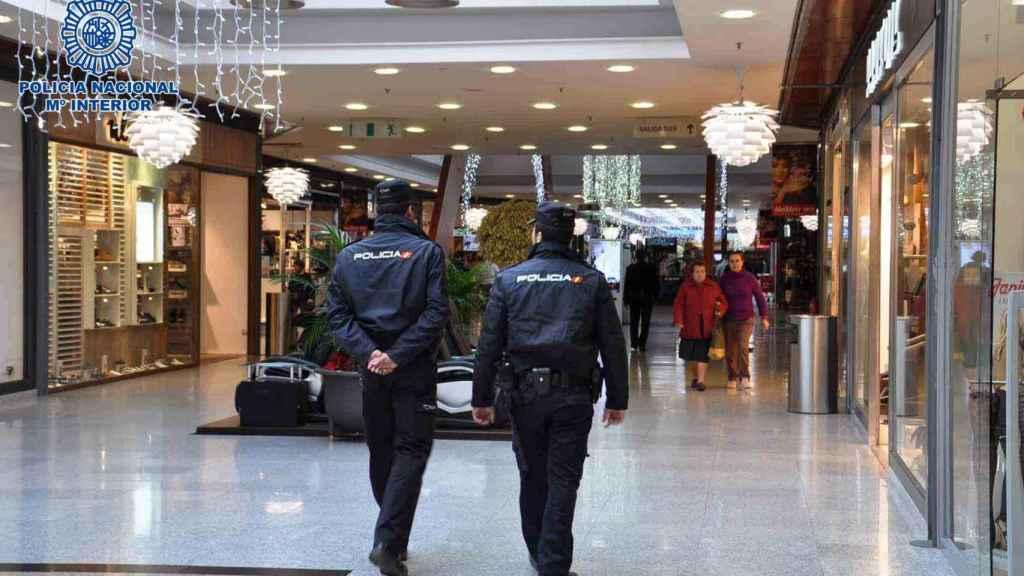 Fase operativa del dispositivo 'Comercio Seguro' para reforzar la seguridad durante las Navidades.