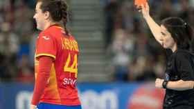 Ainhoa Hernández, expulsada en la final del Mundial de balonmano femenino entre España y Holanda