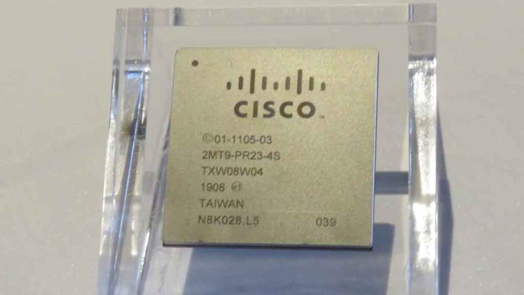 El primer chip propio de Cisco, el Silicon One Q100.