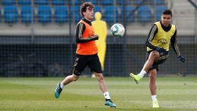 Casemiro y Álvaro Odriozola, en el entrenamiento