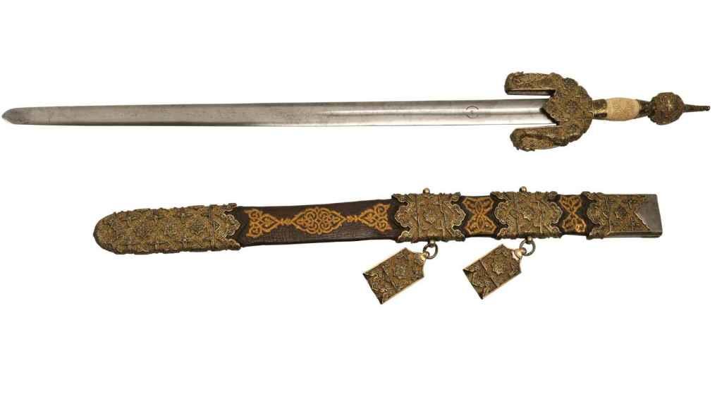Espada jineta que Boabdil entregó a los Reyes Católicos en 1492.