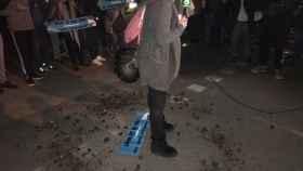 Una reportera de laSexta, atacada con excrementos en la previa de El Clásico