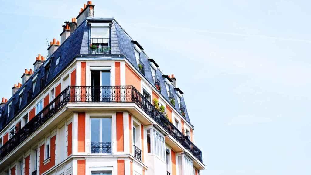 El sector inmobiliario atento a las caídas de la compraventa de vivienda.