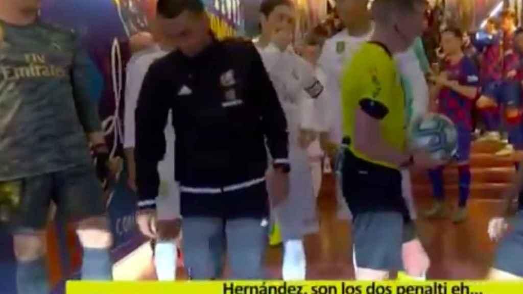 La charla de Sergio Ramos y Varane con Hernández Hernández