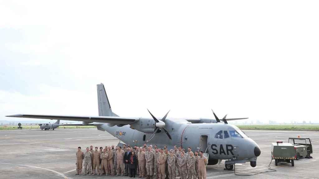 Visita oficial de la ministra de Defensa, Margarita Robles, a los miembros del destacamento Grappa.