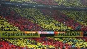 Interior del Camp Nou durante El Clásico