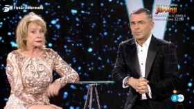 Mila Ximénez junto a Jorge Javier durante su entrevista tras ser la tercera finalista.
