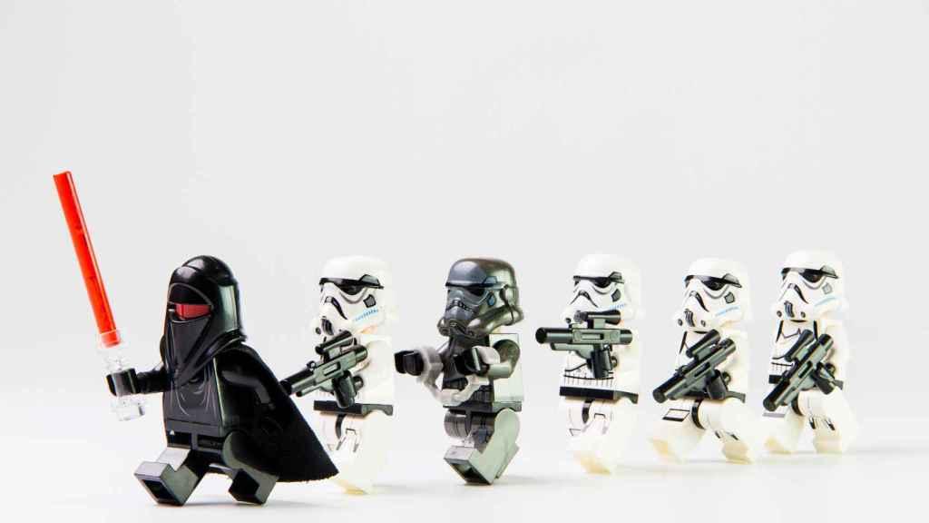 Ideas para regalar a los más fanáticos de Star Wars estas navidades