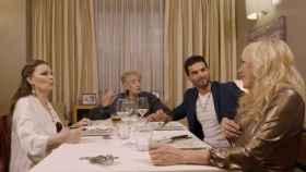 Momento de la incómoda conversación en 'Ven a cenar conmigo' (Cuatro)