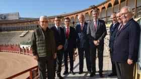 Imagen de archivo de la firma del convenio de la Diputación con la plaza de toros de Toledo