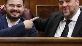 Gabriel Rufián, junto a Oriol Junqueras, en el Congreso de los Diputados donde compartieron brevemente bancada.