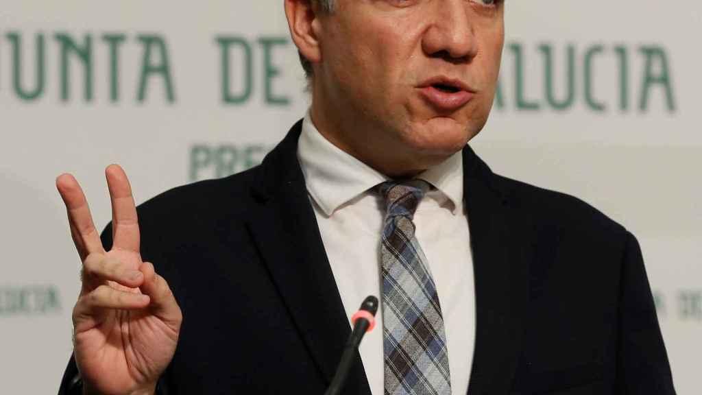 El consejero andaluz de Presidencia, Elías Bendodo.
