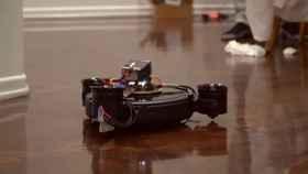Crean la Roomba voladora, el dron que deja tu casa impecable