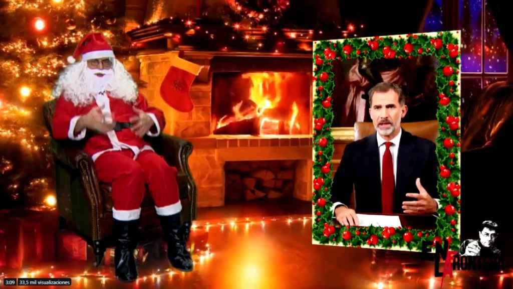 Juan carlos Monedero, fundador de Podemos, en su mensaje de Navidad vestido de Papá Noel.