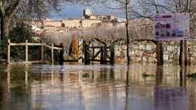 Vista de la crecida del río Adaja el pasado 21 de diciembre, afluente del Duero, a su paso por Ávila.