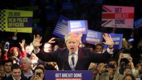 Boris Johnson en uno de sus últimos mítines antes de arrasar en las elecciones.