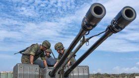 Maniobras de artillería antiaérea./