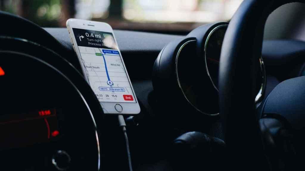 GPS de iPhone en coche.