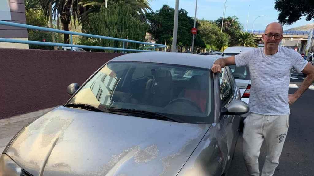 Manu, uno de los viajeros que viene a Madrid por Navidad que no podrá aparcar en la zona SER a partir del jueves.