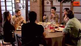 La cena en Mad Merry Christmas