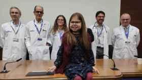 Iria, de 10 años, la primera niña que recibe tres trasplantes en España y ya hace vida normal