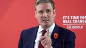 Keir Starmer, un 'sir' licenciado en Oxford, favorito para suceder a Jeremy Corbyn