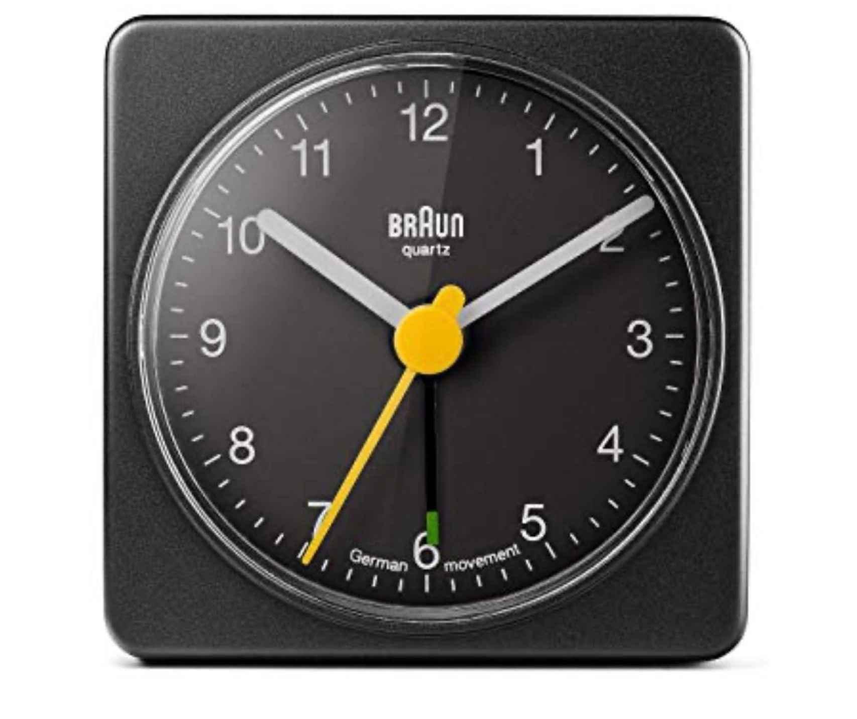 Aún actual el despertador que Dieter Rams diseñó para Braun.