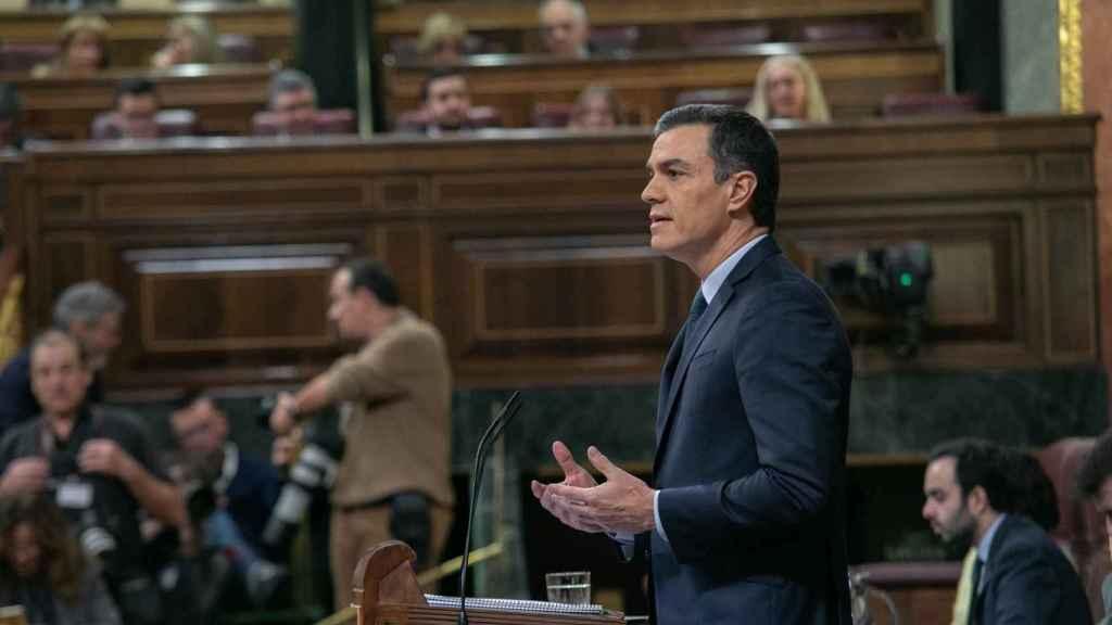 Pedro Sánchez durante  su intervención en la segunda jornada del debate de investidura.