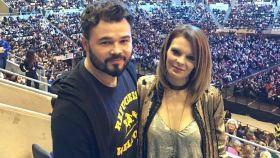 Gabriel Rufián junto a su exmujer Mireia Valera en una imagen de sus redes sociales.