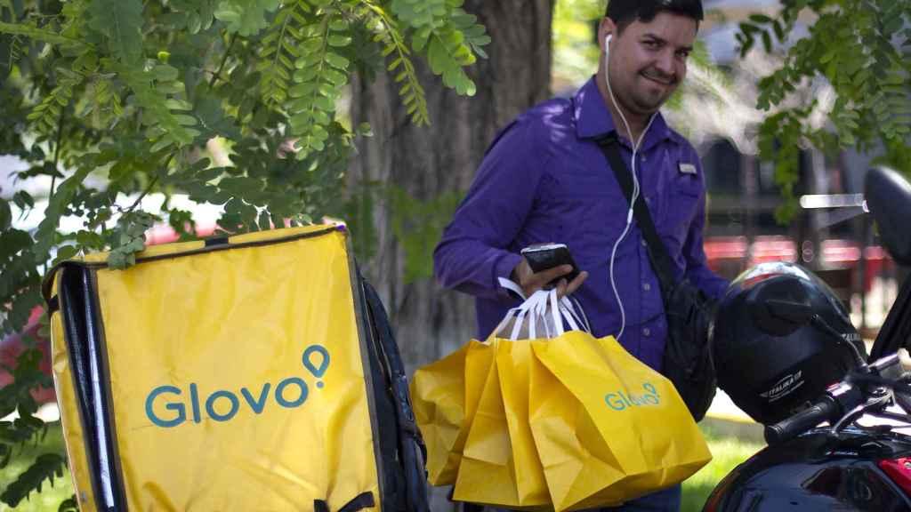 Los repartidores de Glovo, más protegidos y con mayor compromiso con la seguridad vial