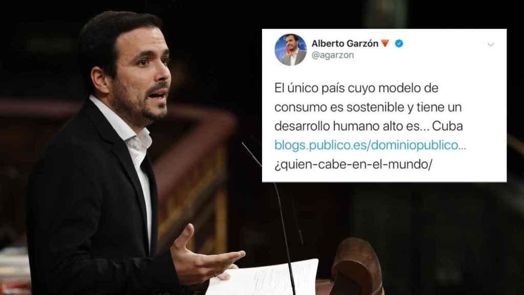 Alberto Garzón, junto a su tuit borrado.