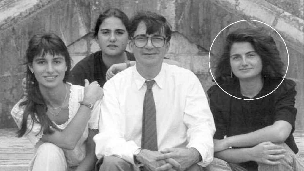 Ernest Lluch, asesinado por ETA en el año 2000 y, a su izquierda, su hija Rosa.