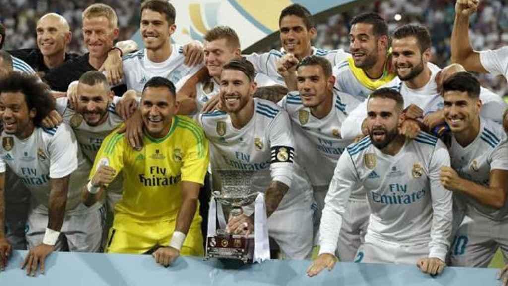 El Real Madrid, tras ganar su décima Supercopa