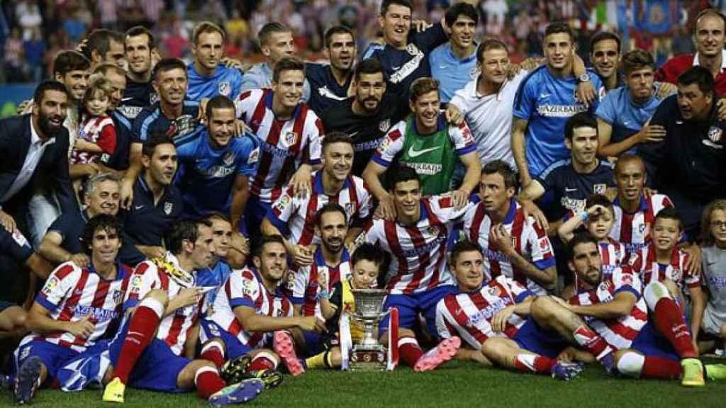 El Atlético de Madrid, tras ganar la Supercopa de 2014