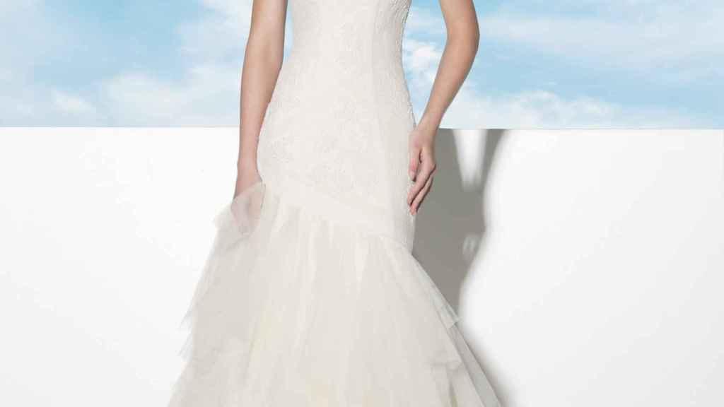 Modelo Amanecer de la colección Vida 2018 de María Salas.