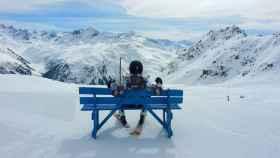 Disfruta del lujo y las pistas de nieve suizas.