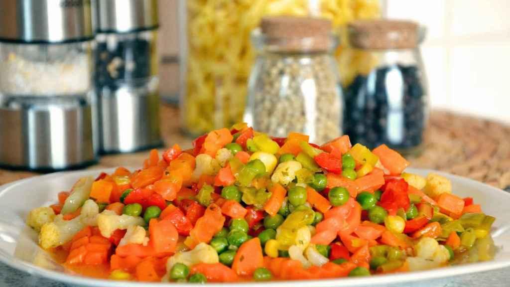 El maíz puede consumirse en ensalada con otros productos fresco y saludables